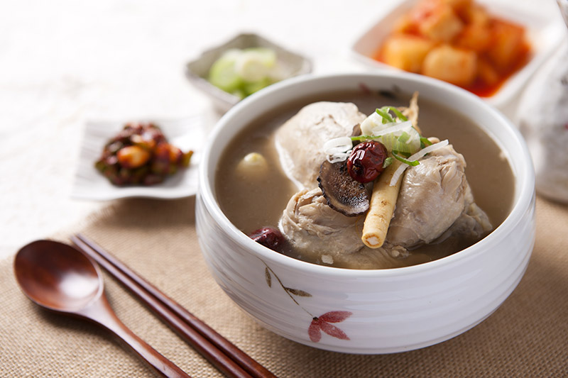 korean-ginseng-chicken-soup